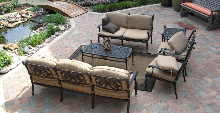 courtyard pavers Tarzana